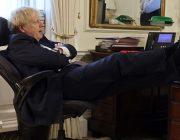 Тереза Мэй обвинила Бориса Джонсона в отказе от лидерства Великобритании