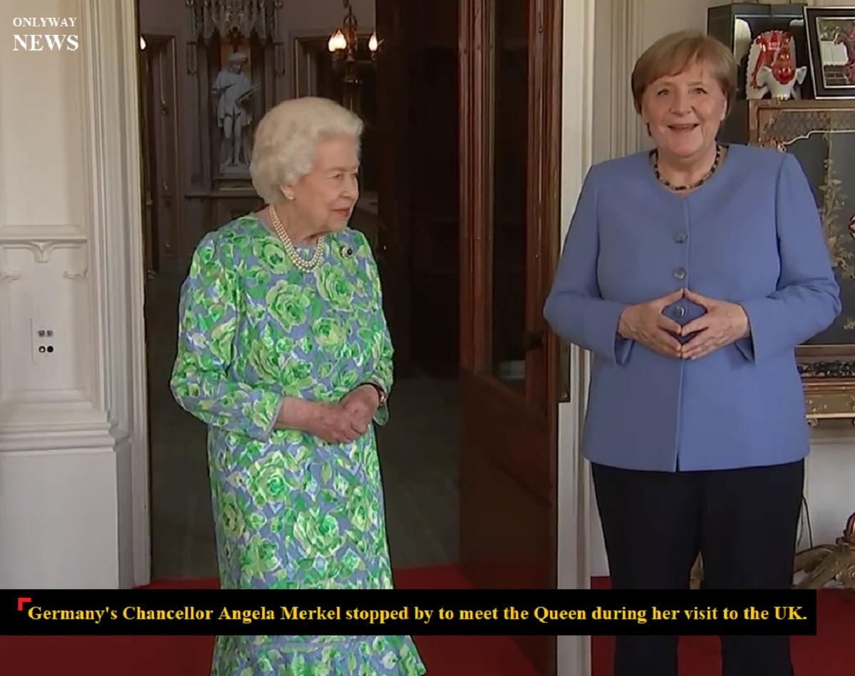 Канцлер Германии Ангела Меркель заехала встретиться с королевой во время ее визита в Великобританию.